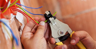 Highly Experienced Electricians