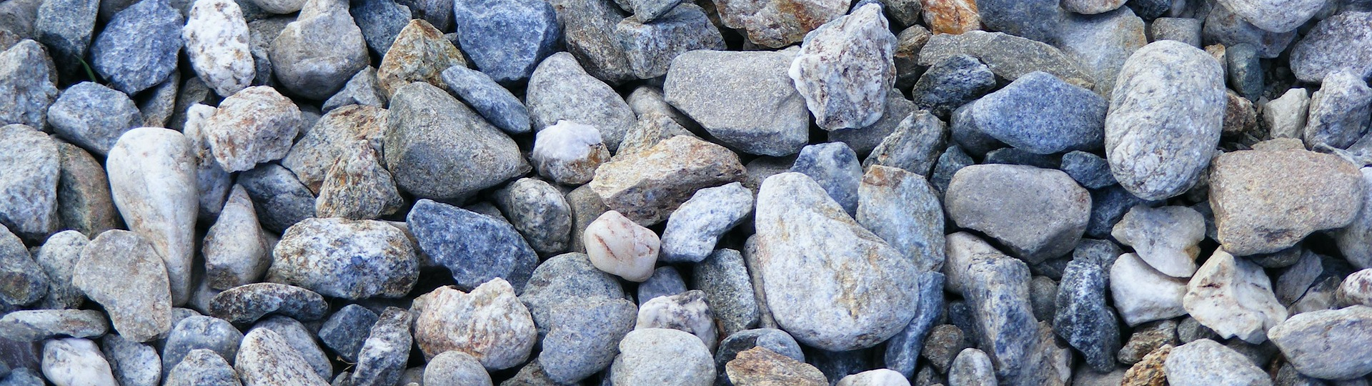 High Quality Gravel from Pebbles to Granite