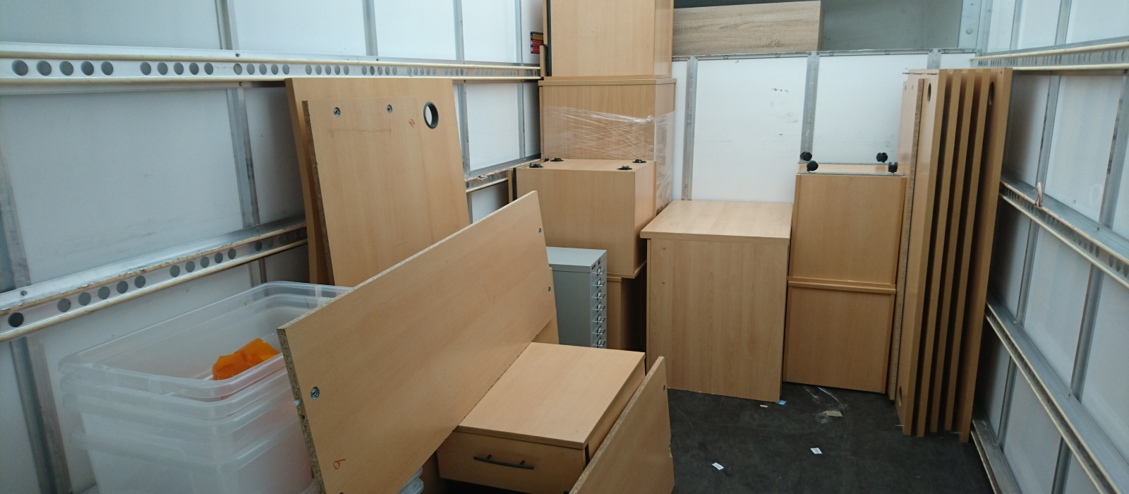 Self Storage & Unit Clearance