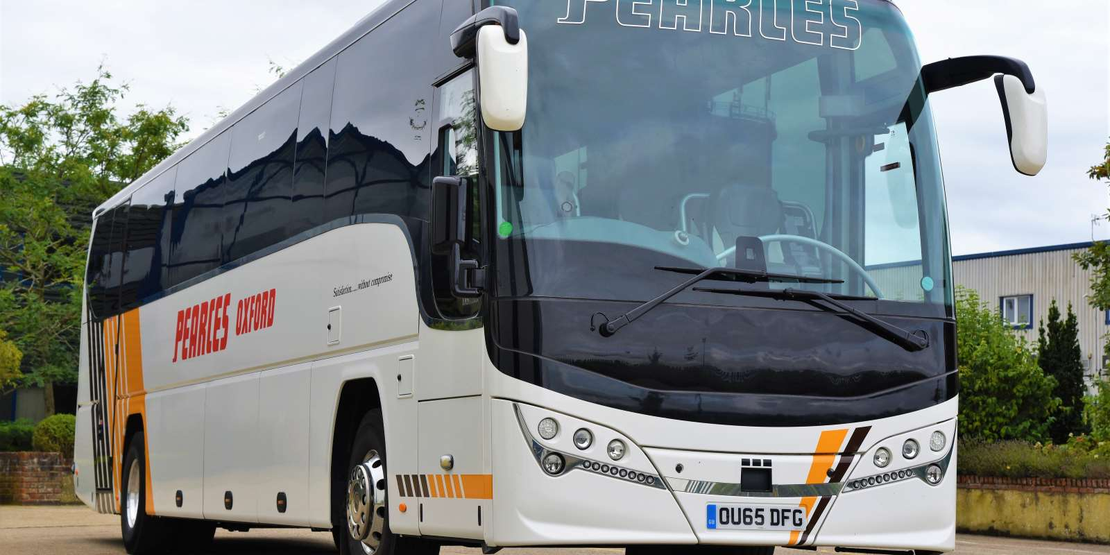 Professional Coach Hire In Oxford