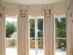 Wainwright swags standard four curtain curved bay with classic styled swags and tails