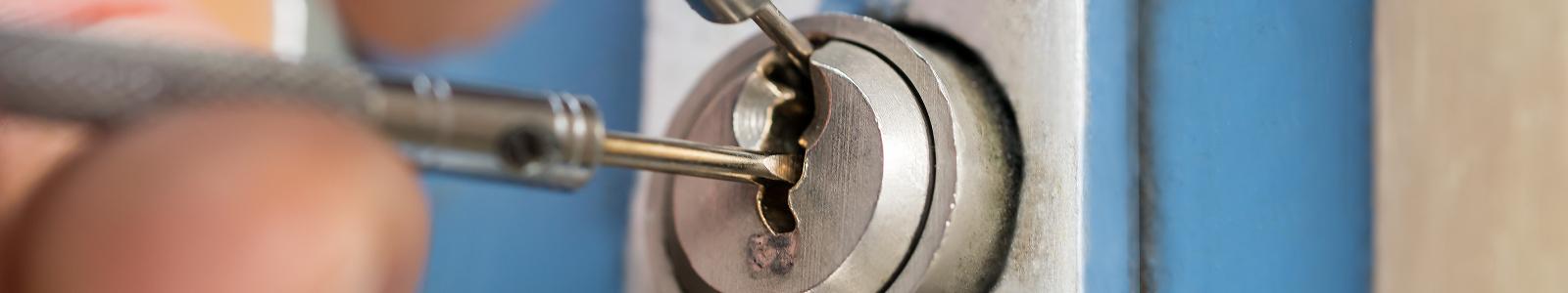 Door Repair Solutions