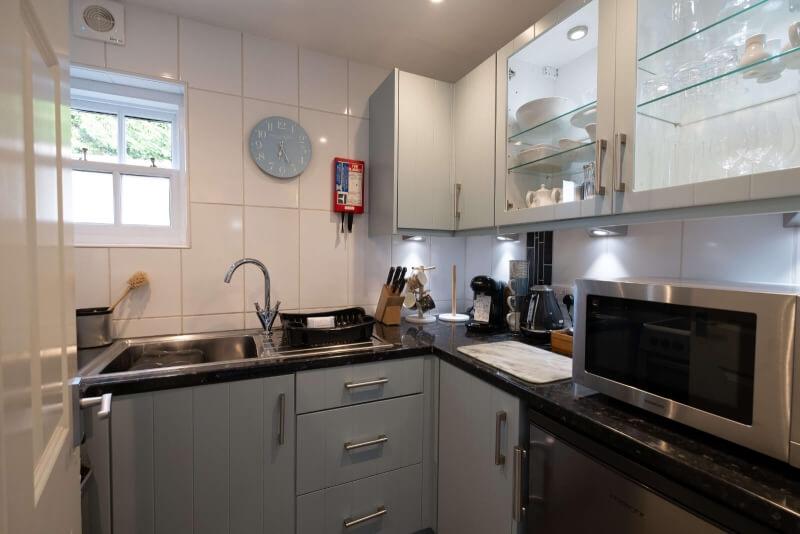 Apartment 1 Modern Kitchen