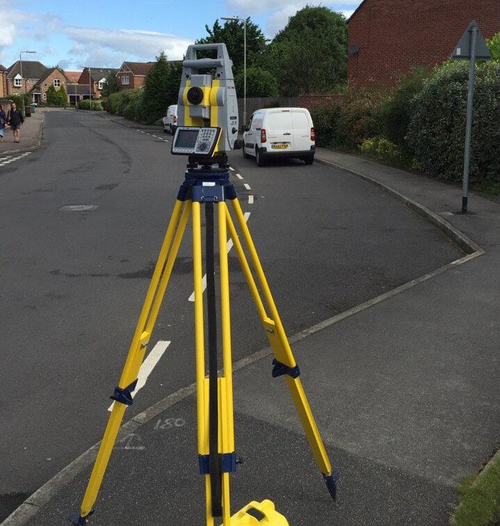 camera scanning road