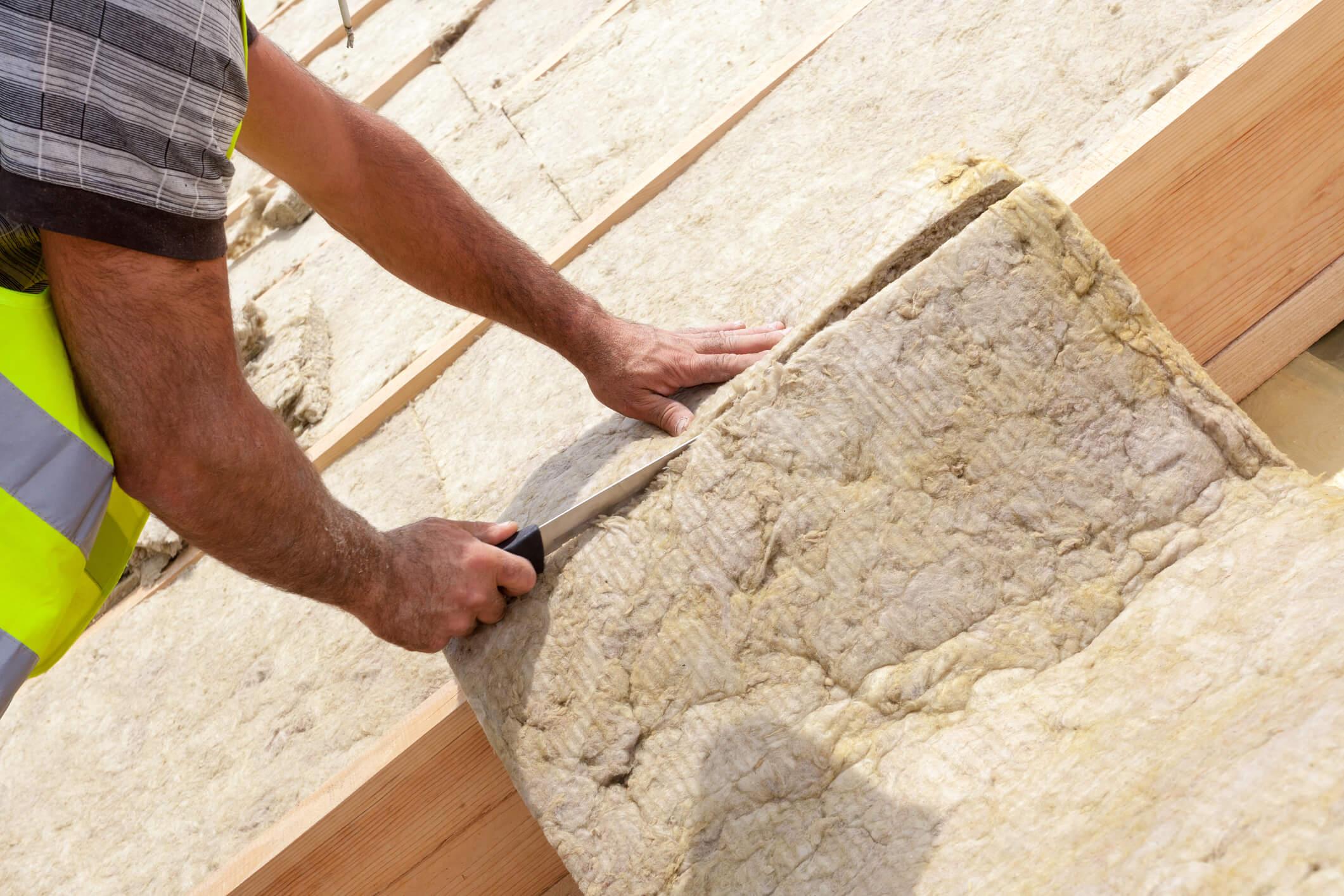 Builder insulating loft
