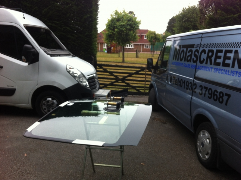 Windscreen Replacement Service