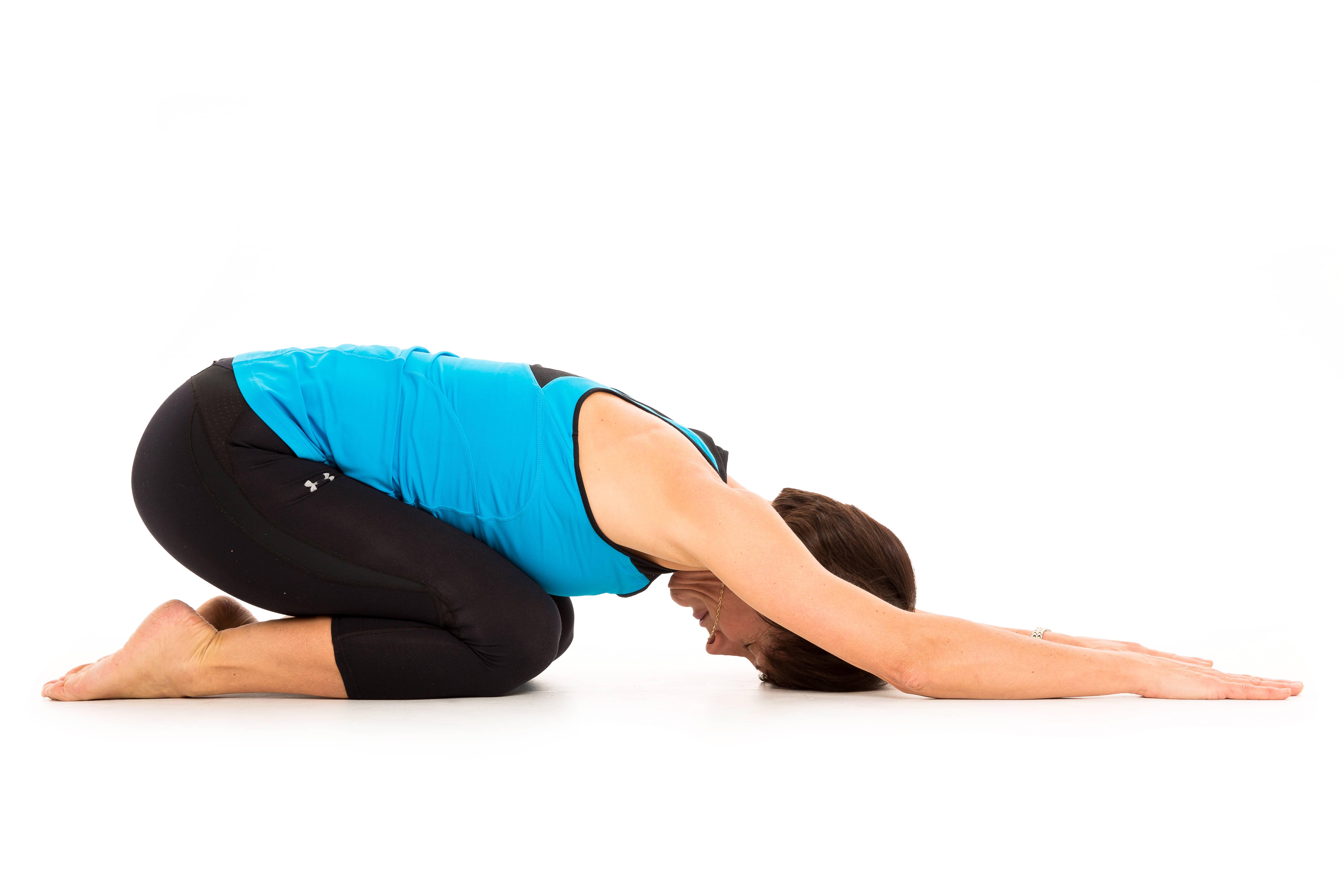 Tessa performing pilates