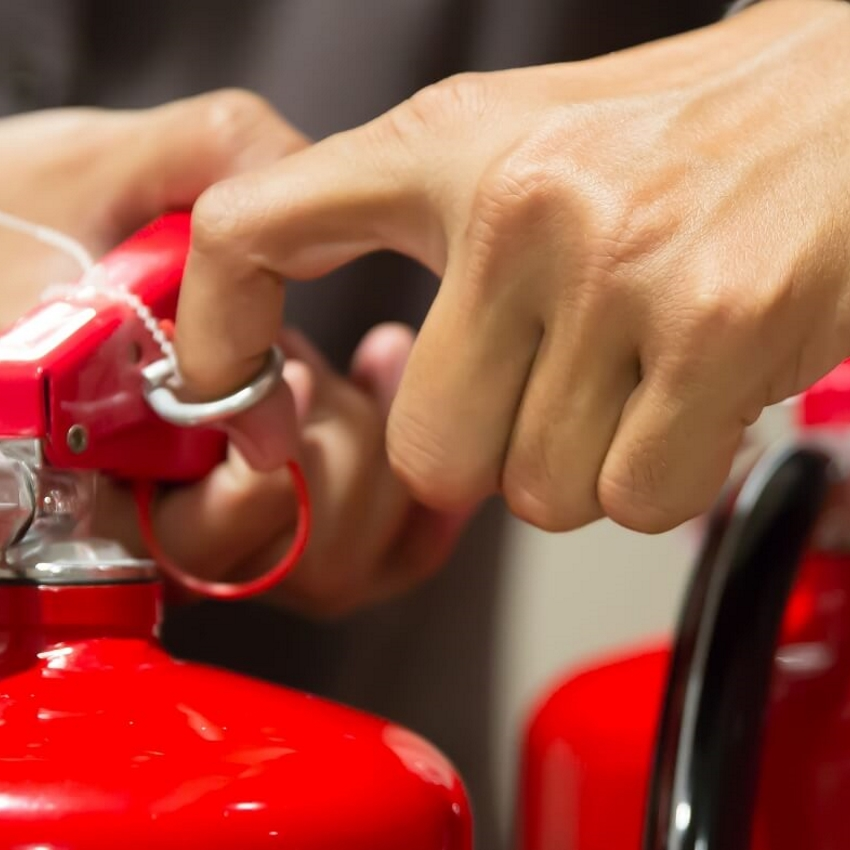 Essentials of Fire Safety in Care establishments (As above with practical use of fire extinguishers)