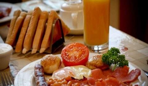Breakfast at The Glenburn Hotel