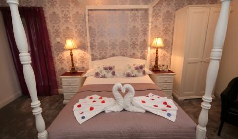 Rooms at The Glenburn Hotel