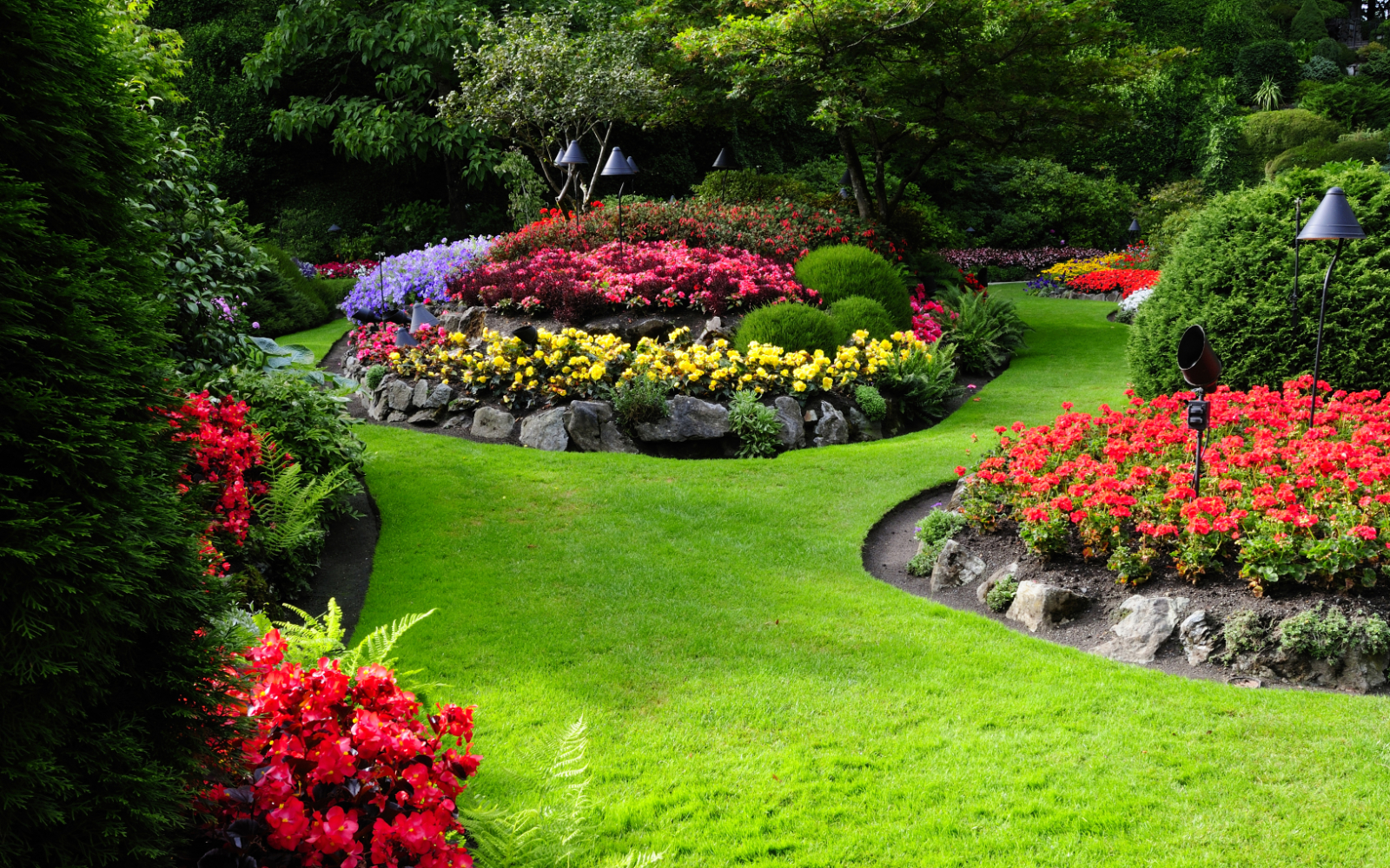 Commercial Garden Services in Lincoln