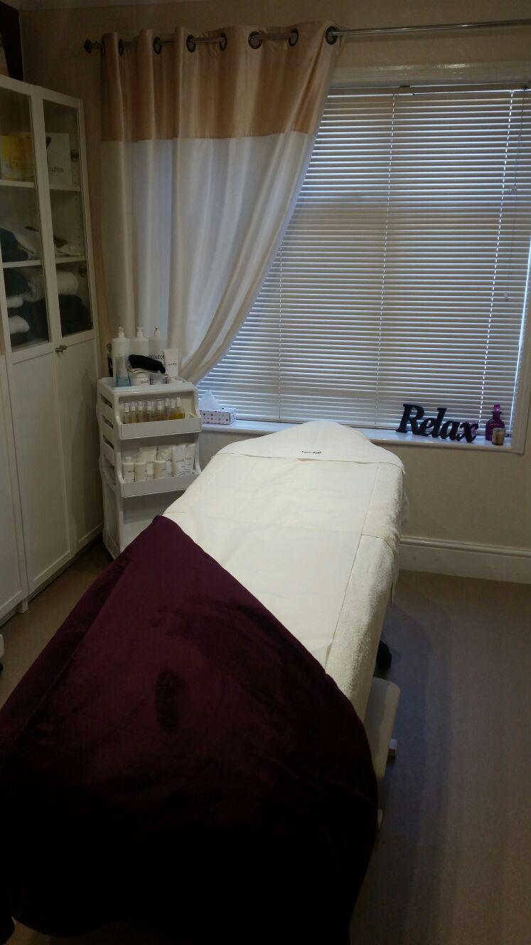 Facial Treatments Bed