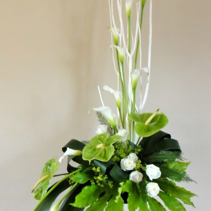 Church Altars Modern Flower Arrangement: Contemporary Pedestal Disply