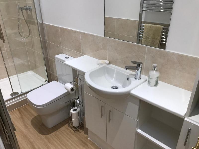 Bathrooms Uk pmi bathrooms pmi bathrooms