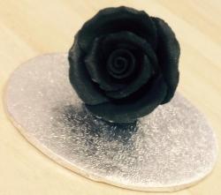 Black 3.5cm Rosebud