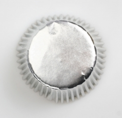 45 x Silver foil cupcake cases - 50mm