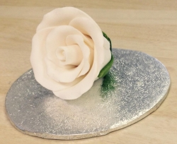 White 3.5cm Rosebud