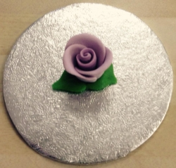 Lavender 2cm seated Rosebud