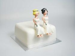 Claydough bride sitting down - blonde