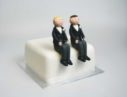 Claydough Grooms seated blonde