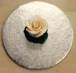 Cream 3cm Rosebud