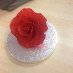 Large Rose Bud Red 9cm