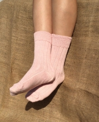 Alpaca Pink Bed Socks 4-7