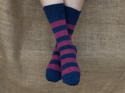Alpaca Socks - Navy & Raspberry Stripy 8-10