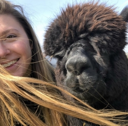 Alpaca Chat Experience Voucher for 1 person