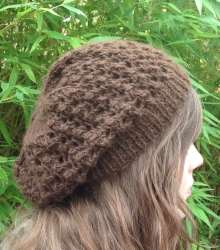 Lacy Beret in Magic