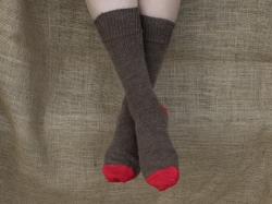 Alpaca Socks Brown & Red Contrast 8-10