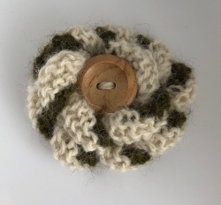 White & Speckled Green Alpaca Flower Brooch
