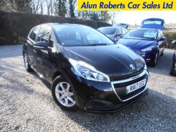 2017 (17 Reg) NEW Peugeot 208 1.2 PureTech Active 5door