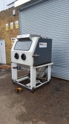 Vixen 1215 Aquablast Cabinet *sold*