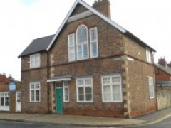 27f Westgate, Tadcaster - To Let
