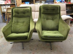 1960/70s Vintage swivel chairs renewed with 21st Century fabric