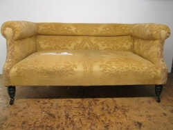 c1900 Traditional Sofa