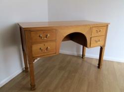 Art Deco/Vintage Oak Kneehole Desk