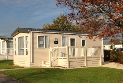 2 bedroom static caravan for sale £35,000