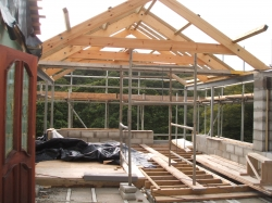 Roof structure made on site and fitted