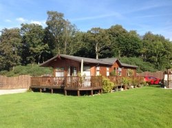 2 bedroom lodge for sale £83,500