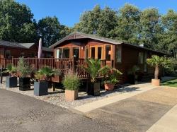 3 bedroom lodge for sale £78,000