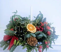 Christmas Posy with a Candle