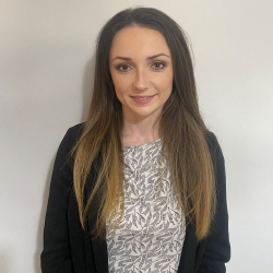 Elin Edwards – Trainee Solicitor