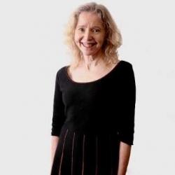 Christine Dyer (Ymgynhorydd)