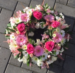 Loose Pink Wreath