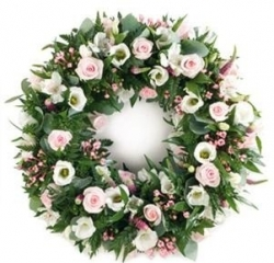Classic Pink and White Wreath