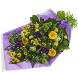 SEASONAL COLOURFUL BOUQUET