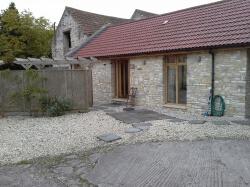 NOW LET - One Bedroom Barn Conversion - Publow/Bristol