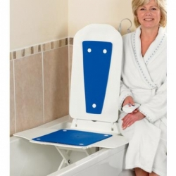 Deltis Bathmaster With Blue Covers